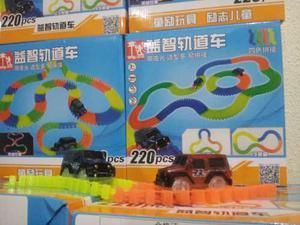 Magic Track Pista 220 Pc Promocion 2 Carros Flexible Brill