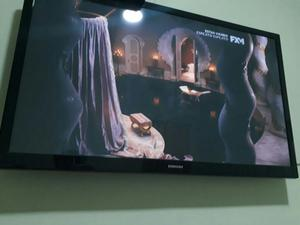 Tv Les Led Samsung 43 Pulgadas Con base de pared de hierro