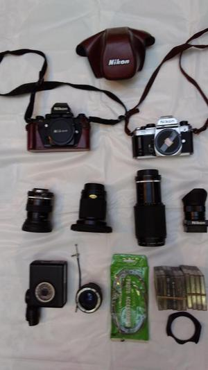 Vendo cámaras análogas Nikon con accesorios