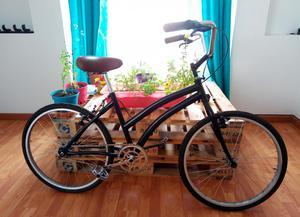 Vendo bicicleta playera en muy buen estado.