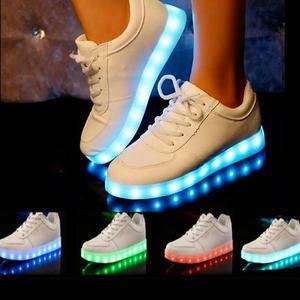 Zapatos tenis LED MULTICOLOR de luces //