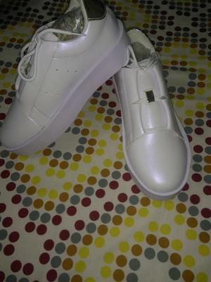 Zapatillas Nuevas Talla 35