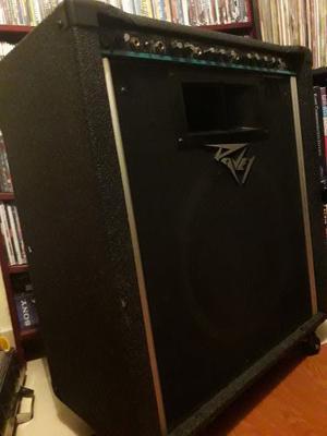 Amplificador De Teclado Bajo Y Voz Peavey Kb 300