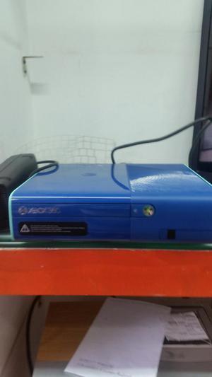 Vendo Xbox 360 Super Slim