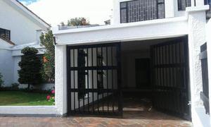 Cod. ABMIL3000 Casa En Arriendo En Bogota Santa