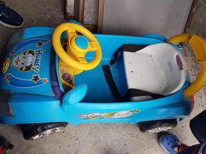 Vendo Carro de Bateria para Niño