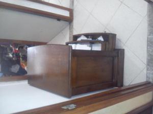 mesa de madera en buen estado - Medellín