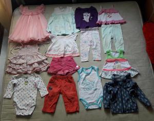 A la venta lote de ropa para bebita talla 6 meses