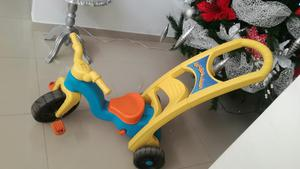 Vendo Hermoso Triciclo Paseador