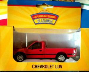 Carro A Escala 1:43 Chevrolet Luv Color Rojo.