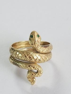 Anillo de Oro 750 Tipo Serpiente 8 Gr