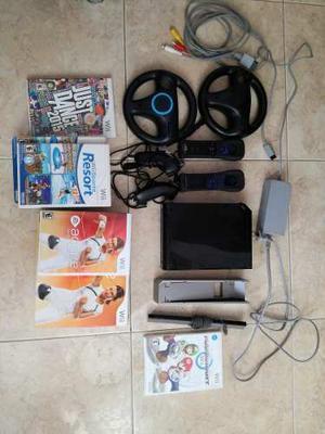 Expectacular Nintendo Wii + 2 Controles + 2 Volantes + 4 Ju