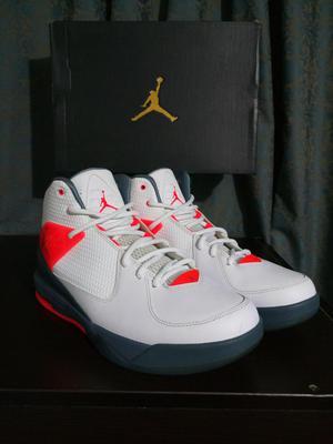 the latest 942a5 9a65a Nike air jordan incline