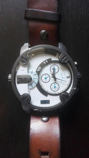 Vendo O Cambió Reloj Diésel