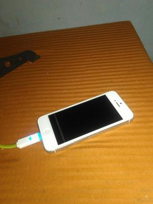 Vendo O Cambio iPhone 5 en Buen Estado.