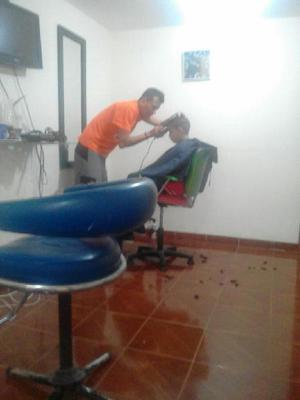 Se Necesita Barbero - Bogotá