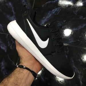 Tenis Zapatillas Nike Roshe Two Negra Blanca Mujer En
