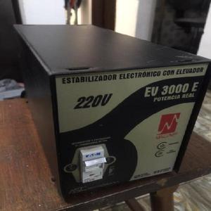 Estabilizador Electronico con Elevador 220 - Cartago
