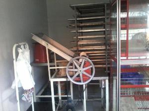 Se vende equipo de panaderia completo cel 3208191813 -