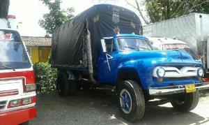 Camion Ford 1955 Diesel - Medellín