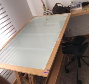 vendo mesa de dibujo con silla posot class