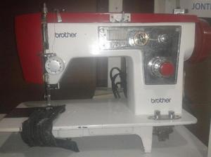 Maquina de coser usada Brother de recta y zigzag - Armenia