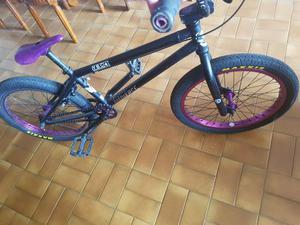 Vendo Bicicleta Pom Fit bikeco Edicion Van Homan hermosa