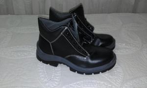 botas con puntera de seguridad nuevas talla 42