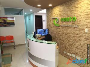 Se arrienda oficina en el centro de Pereira.