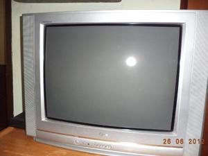 SE VENDE TV DE 42 MARCA LG EN BUENAS CONDICIONES