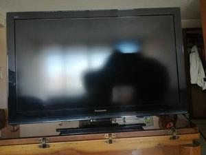 Televisor LED Panasonic.