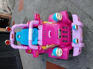 Carro de bateria y control remoto