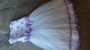 Hermoso vestido de fiesta para niña