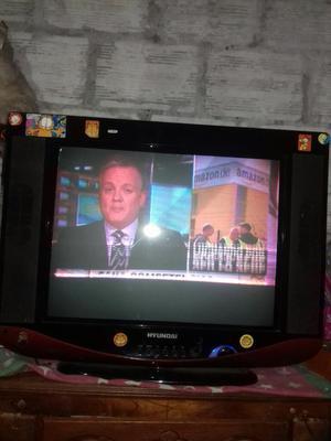Se Vende Tv Hyunday de 21pulg Negociable