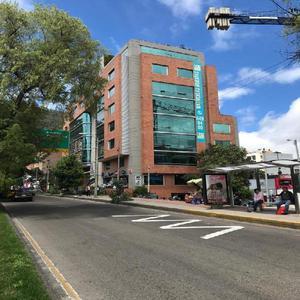 Cod. ABJCC56156 Oficina En Arriendo En Bogota Santa Barbara