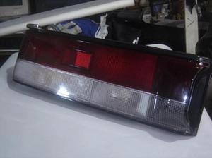 Lámpara Stop Mazda 323 Modelo 1990 Sedan lucid - Cartago