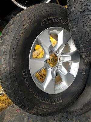 Vendo Rines 17 de Toyota Tx con Llantas - Cali