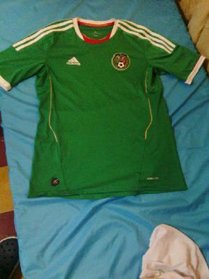 Ermosa Camisa Emvida de Mexico Adidas - Medellín