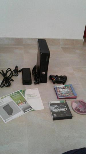 Xbox 360 Slim, incluye cable HDMI, memoria externa, juegos,