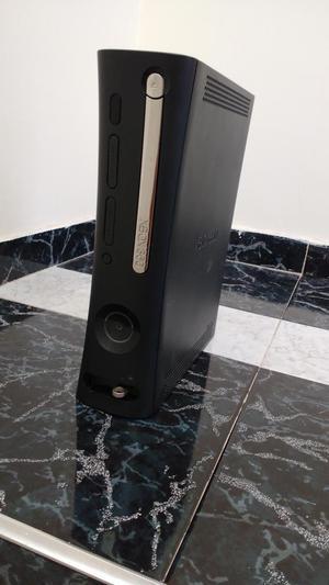Xbox 360 elite con dos controles y 15 juegos