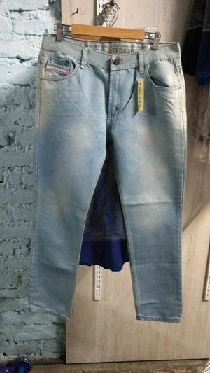 Jeans de Hombre Nuevos Marca Diesel