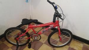 Se vende bicicleta en buen estado casi nueva llamar al