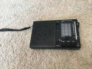Radio Sony Multibandas Made In Japón Como Nuevo.. (*¿*)..