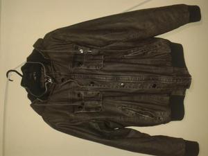 vendo o cambio chaqueta en cuerotex