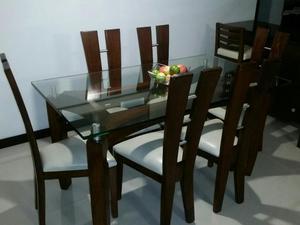 Moderno comedor de 6 puestos en muy buen posot class for Comedor 4 puestos madera