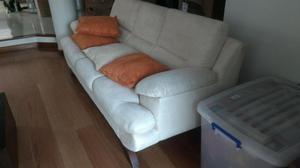 hermoso juego de sala en perfecto estado 2 sofas sillon mesa