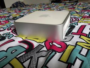 Vendo Apple Mini Mac Com Pantalla Y Tecl