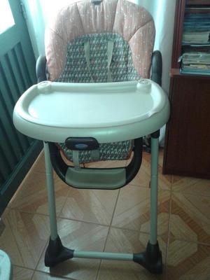 Se vende silla comedor para niñ@.
