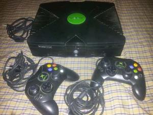 Vendo Xbox Caja Negra Con Dos Controles Y Juegos En Cds