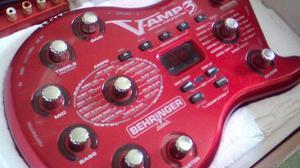 Pedal Behringer VAMP 3 con interfaz de grabación UCA 222